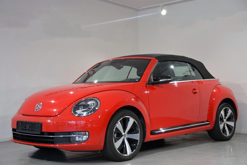 VW Maggiolino Cabrio